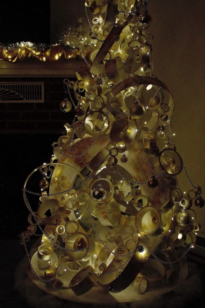 pvc-pipe-christmas-tree-06-840x1260
